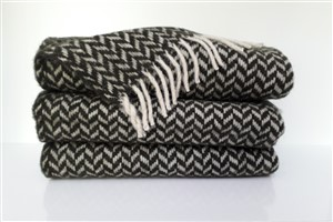 Wool Clothes - Rug Colleciton - Herringbone black wool throw blanket