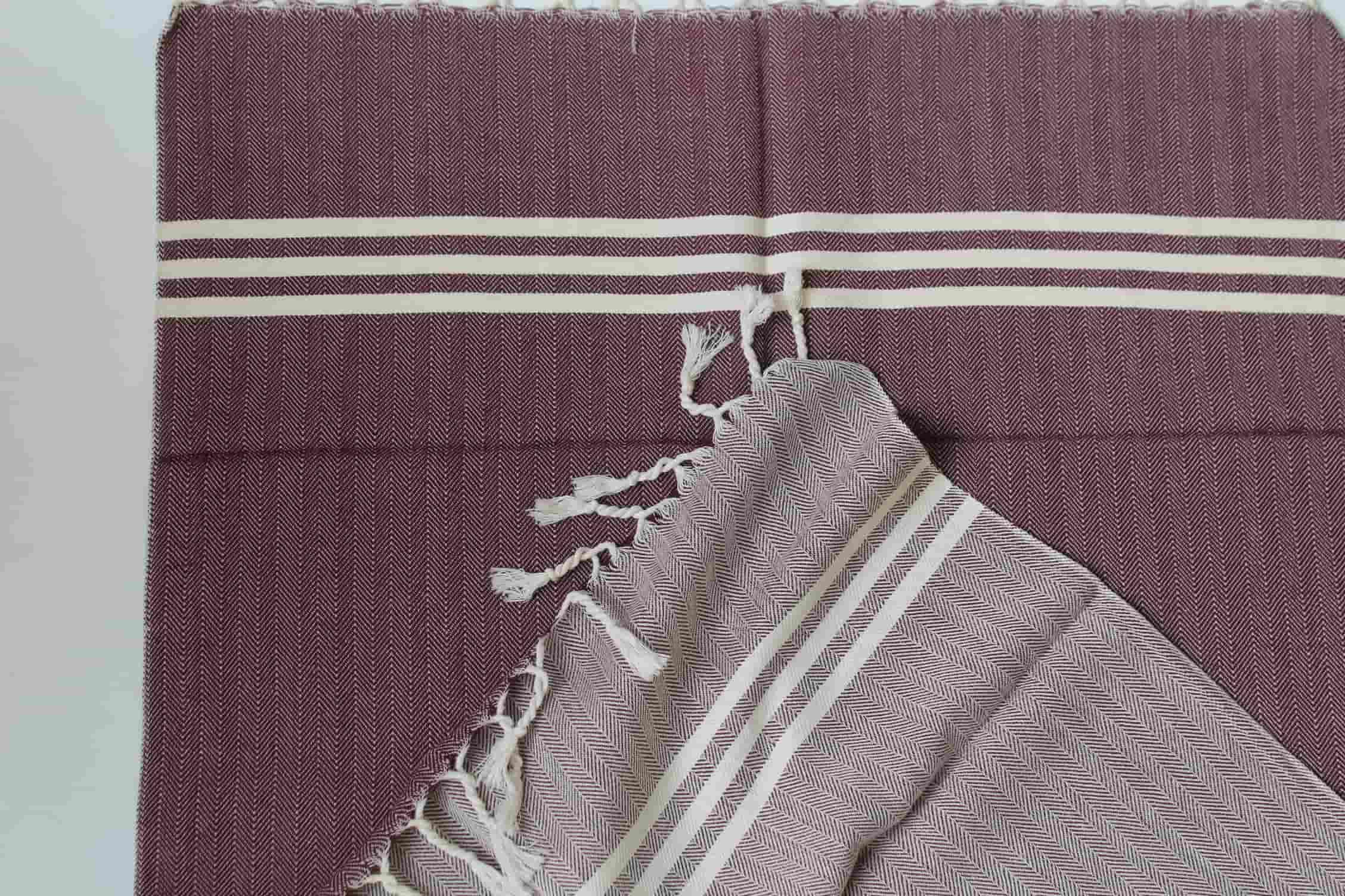 Arrow Fleece Lined Throw