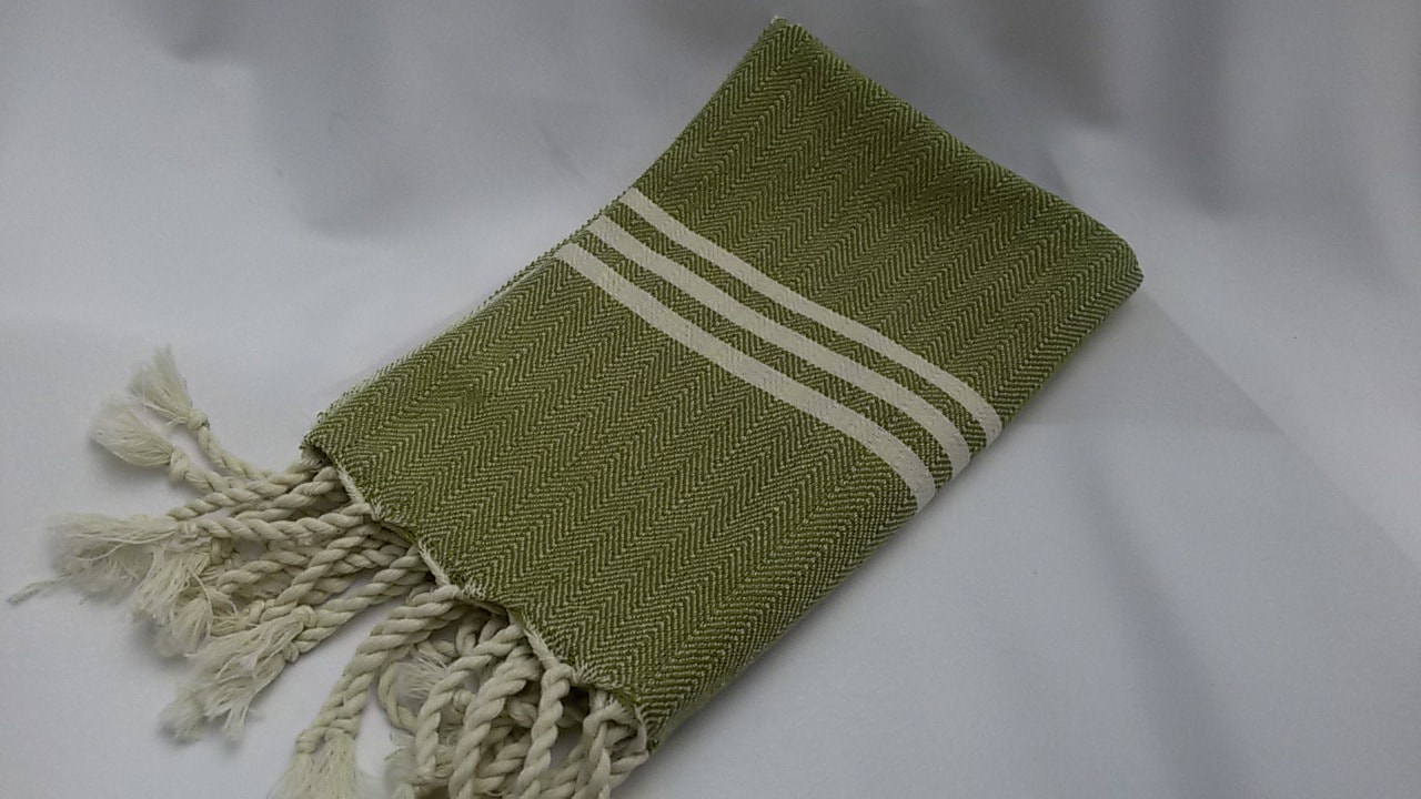Arrow Fleece Lined Throw